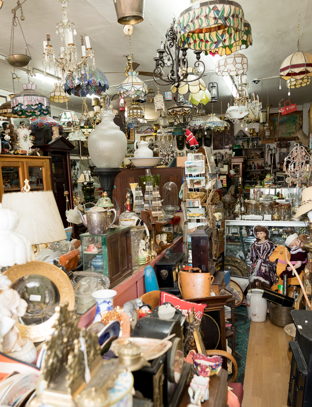 There\'s More to This West Price Hill Antique Mall Than Meets the Eye ...