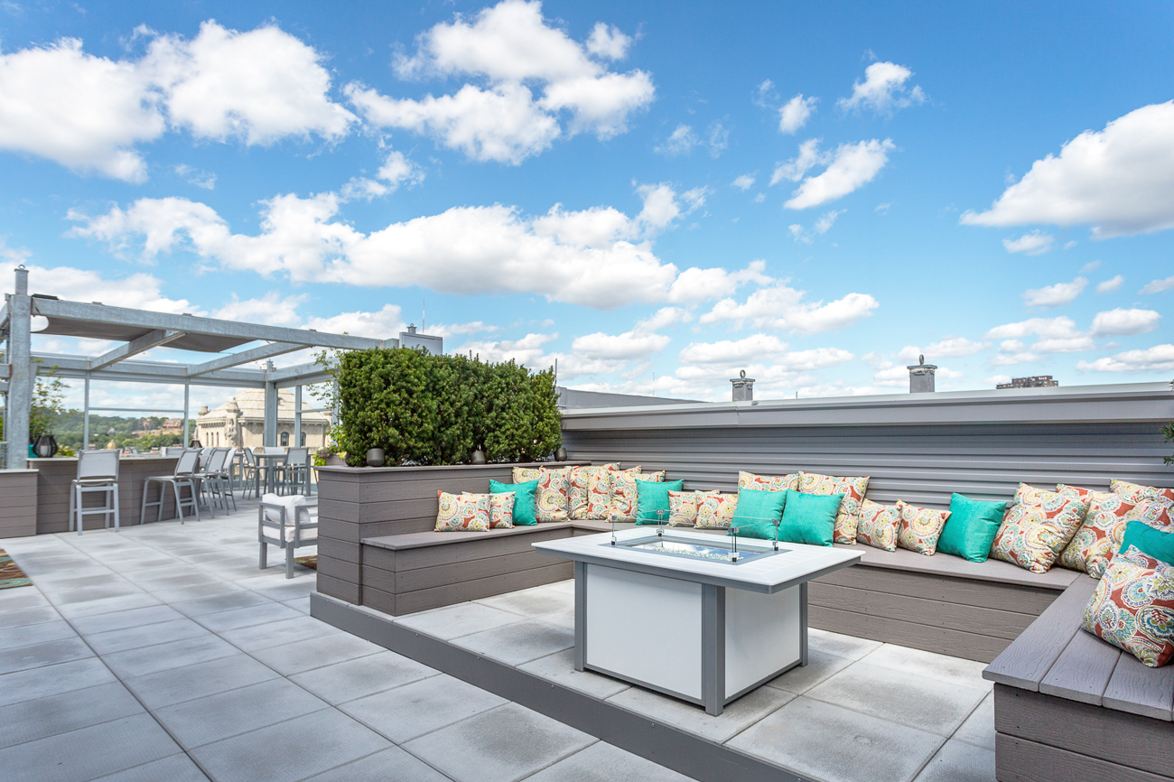 Seven at Broadway is a 111-unit luxury apartment building with fantastic views of Downtown and the surrounding area. Floor to ceiling windows, hardwood floors, ultra-modern kitchens and bathrooms, and a private rooftop for residents makes the community highly desirable to those seeking an urban lifestyle. ADDRESS: 345 E. 7th Street (45202) / Image courtesy of Seven at Broadway // Published: 2.19.18