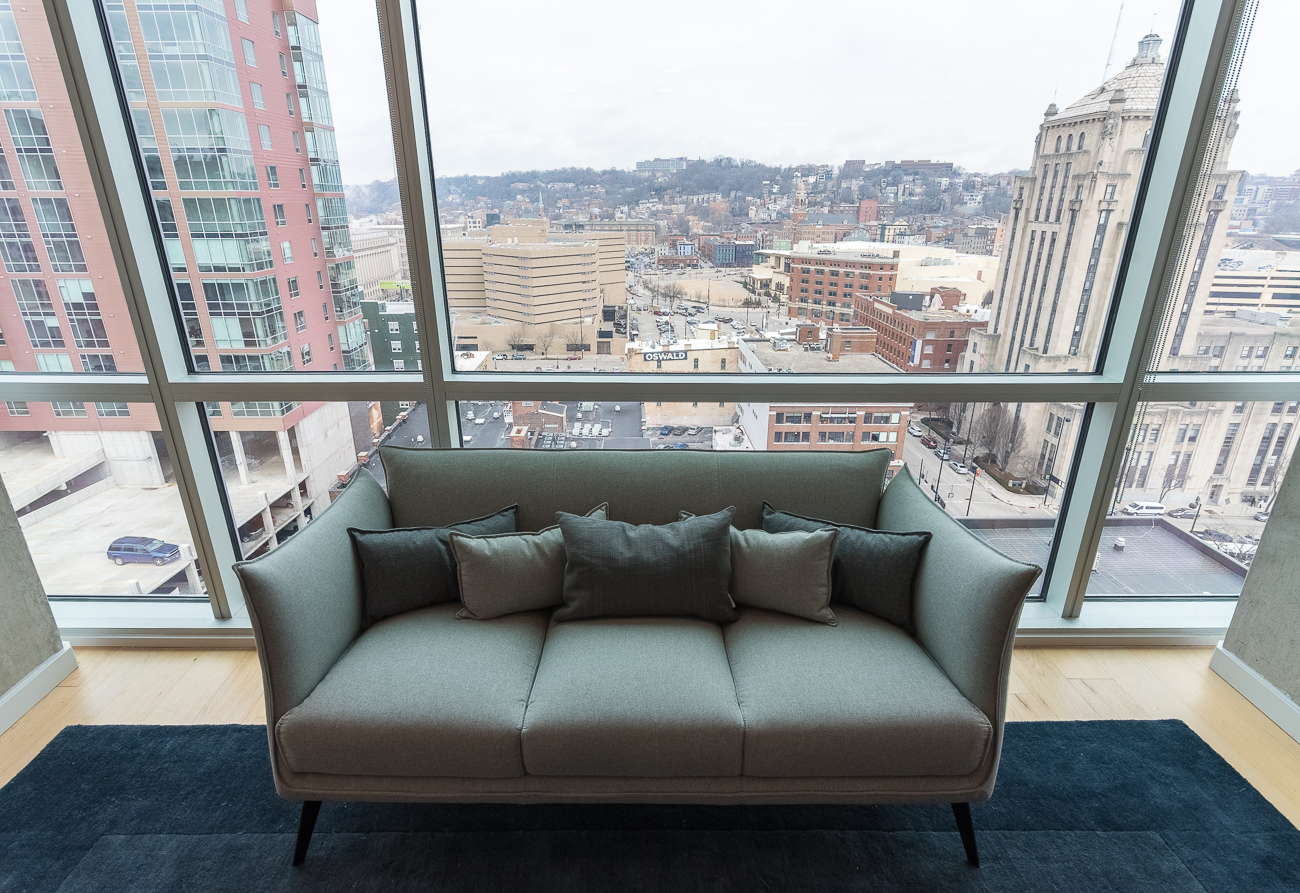 Seven at Broadway is a 111-unit luxury apartment building with fantastic views of Downtown and the surrounding area. Floor to ceiling windows, hardwood floors, ultra-modern kitchens and bathrooms, and a private rooftop for residents makes the community highly desirable to those seeking an urban lifestyle. ADDRESS: 345 E. 7th Street (45202) / Image: Phil Armstrong, Cincinnati Refined // Published: 2.19.18